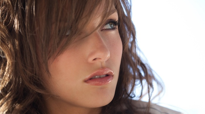 green eyes, juicy lips, girl, face, model, Malena Morgan, brunette
