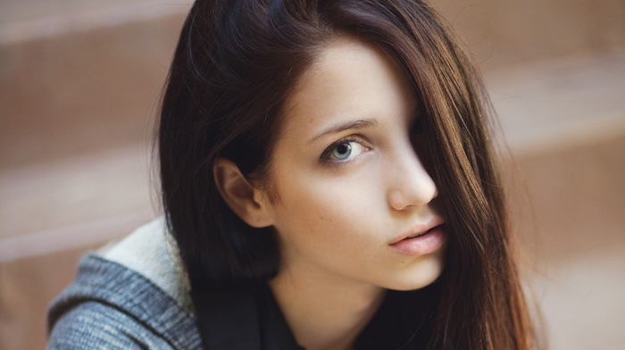 hair in face, sensual gaze, face, looking at viewer, depth of field, emily rudd, lips, brunette