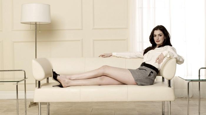 актриса, девушка, темные волосы, знаменитость, ножки