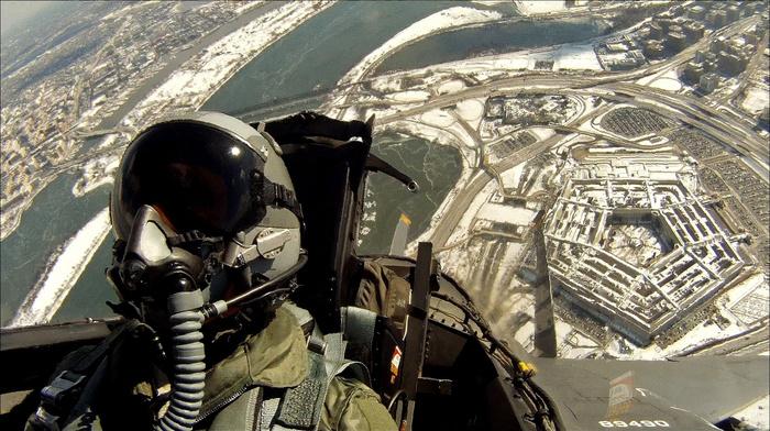 авиация, Земля, пилот, небо, самолет, шлем костюм