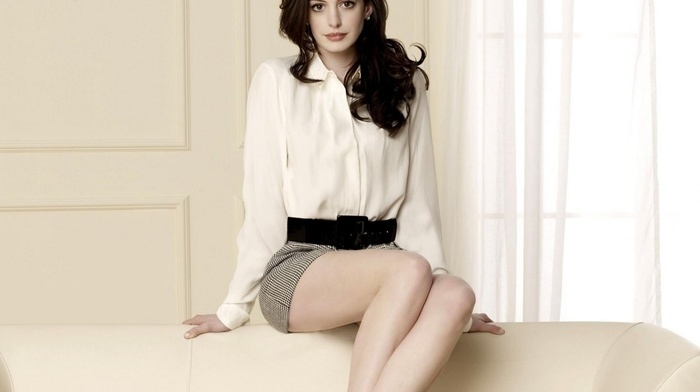 Anne Hathaway, girl, actress