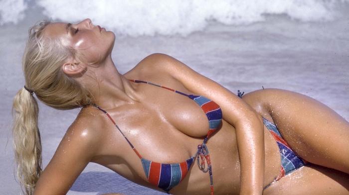 girls, ocean, sexy, boobs, swimwear, beach, girl, statuette, blonde, photo, posing