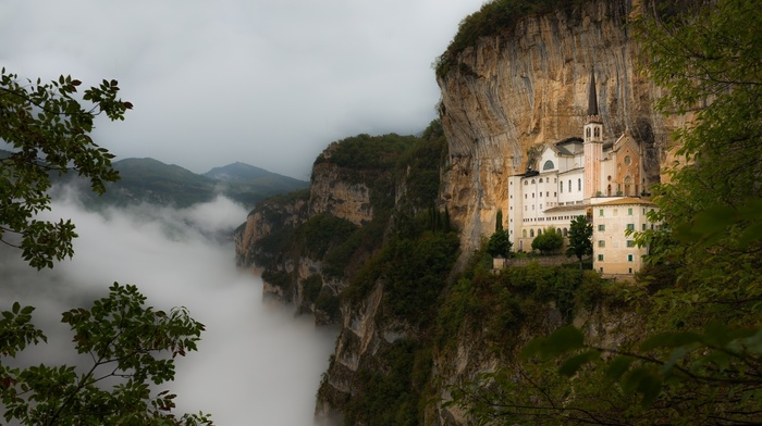 castle, landscape, mist, beautiful, forest, stunner, mountain, cloudy, rocks, nature