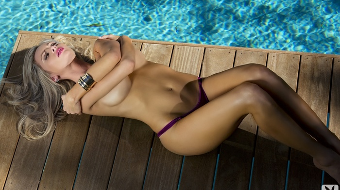 fashion model, boobs, swimming pool, sexy, lying down, Playboy, girls, statuette, blonde, posing
