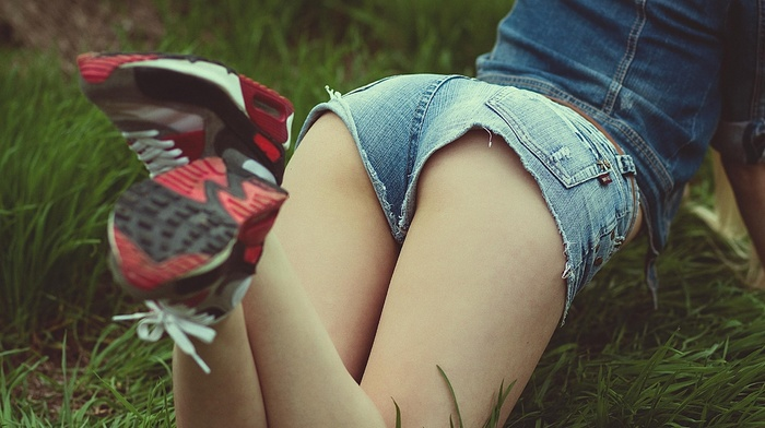 shorts, photo, sexy, greenery, posing, girls, figure, nature, girl, sneakers, grass