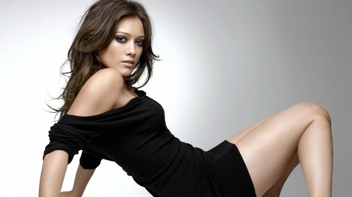 bare shoulders, Hilary Duff, girl
