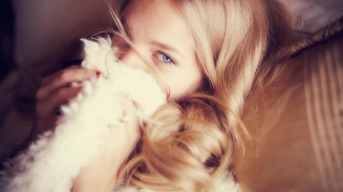 блондинка, голубые глаза, модель, девушка