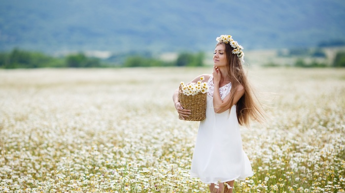 girl outdoors, flower in hair, long hair, girl, closed eyes, blonde, model, blossoms, field, white dress, chamomile, flowers