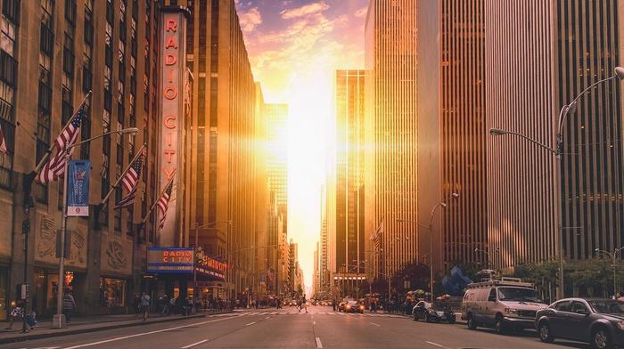 city, New York City, World Trade Center, road, twins, radio, Manhattan, clouds, cityscape, Sun, USA, street, sunlight, car, skyscraper, american flag, building, architecture