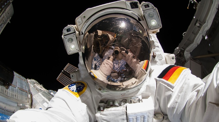 astronaut, Earth, selfies, space, International Space Station, Alexander Gerst