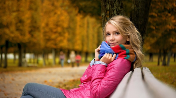 park, scarf, jeans, depth of field, fall, girl outdoors, trees, girl, blonde, bench, looking at viewer