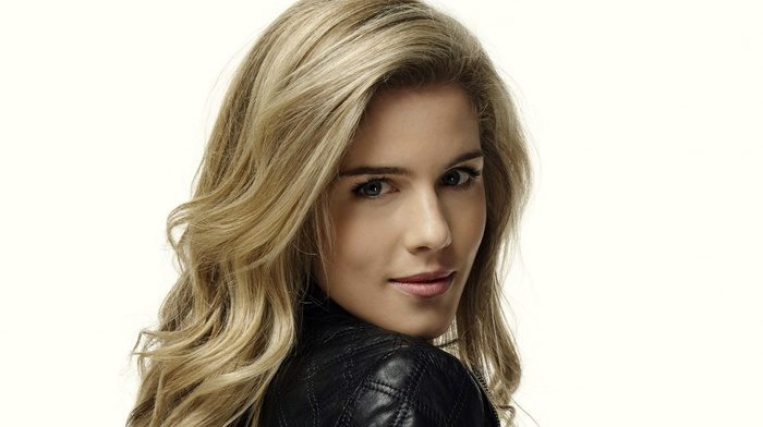 actress, Emily Bett Rickards, girl, celebrity, blonde, simple background