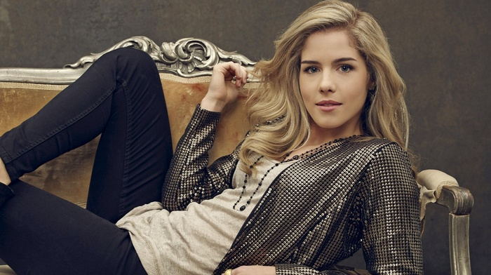 actress, Emily Bett Rickards, girl