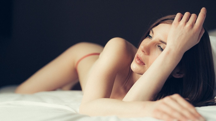 model, legs, lingerie, blonde, in bed, eyes