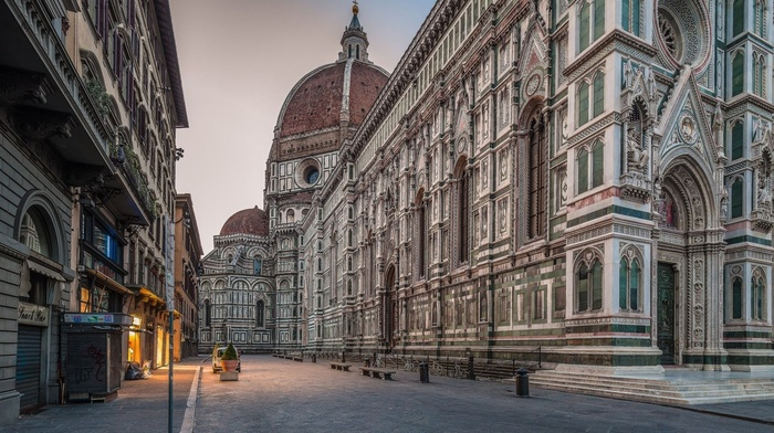 bench, old building, street, Italy, urban, town, architecture, Florence, car, Europe, dome, evening, Gothic architecture, building, arch, lights, cathedral