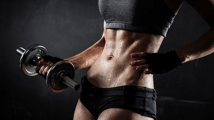 abs, flat belly, sweat, hot pants, dumbbells, fitness model, sports bra, sports, short shorts