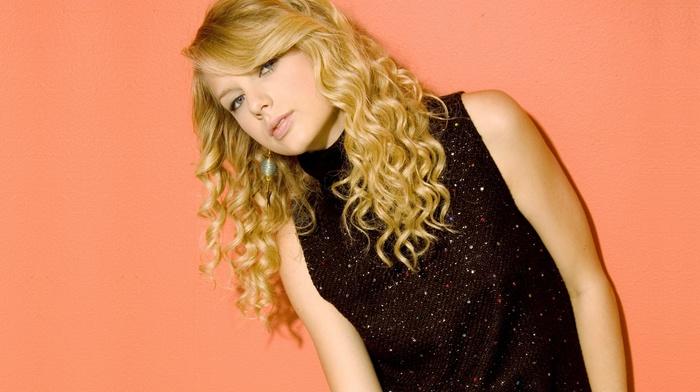 simple background, girl, singer, celebrity, Taylor Swift