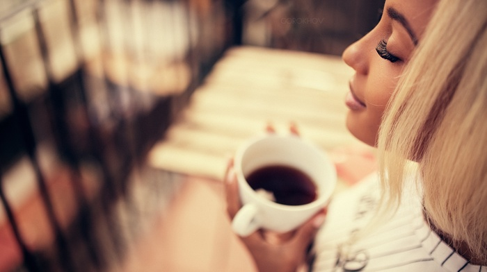 cup, tea, face, Ivan Gorokhov, blonde, depth of field, girl