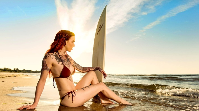 bikini, girl, open mouth, waves, swimwear, sitting, wet body, looking away, model, clouds, Linnea Thomasia, sea, surfing, redhead, tattoo, girl outdoors, beach, sand, long hair, sunlight