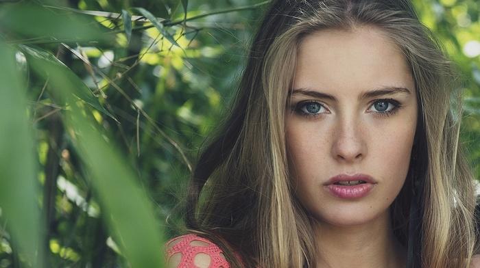 blue eyes, Camille Rochette, blonde