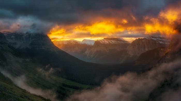 nature, clouds, mountain pass, Glacier National Park, landscape, mist, mountain, sunrise, valley, forest, snowy peak, sky, sunlight
