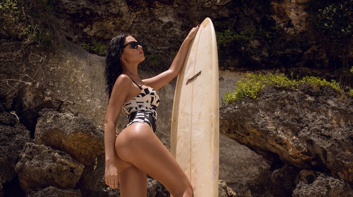 surfboards, sunglasses, brunette, model, tanned, girl, black hair, test patterns, ass, monokinis