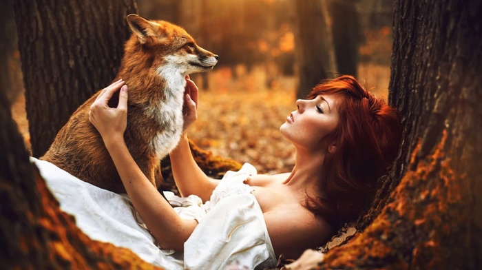 fall, nature, moss, fox, girl, depth of field, leaves, open mouth, long hair, white dress, trees, girl outdoors, animals, bare shoulders, model, redhead