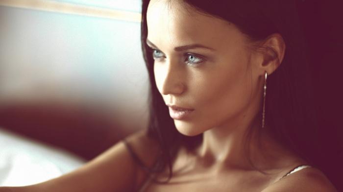 bare shoulders, blue eyes, girl, open mouth, looking away, face, portrait, depth of field, model, long hair, brunette, earrings