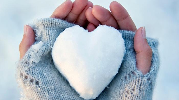 hand, gloves, snow, hearts