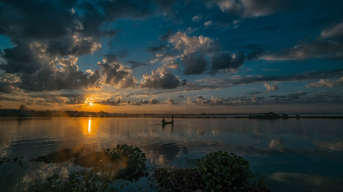 boat, Myanmar, nature, landscape, daylight, clouds, fisherman, sunrise, shrubs, sun rays, lake, sky