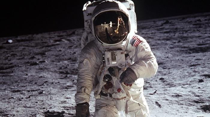 Neil Armstrong, moon, Apollo 11