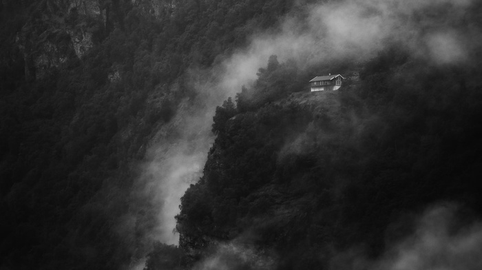 house, Norway, monochrome, cliff, trees, landscape, mist, alone, Geiranger, mountain, nature