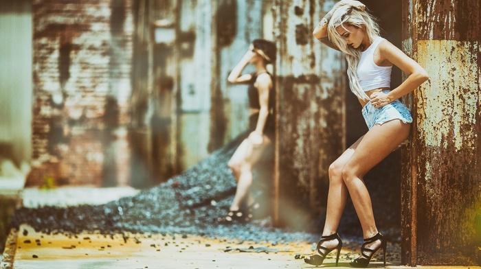 hands in hair, depth of field, blonde, jean shorts, model, girl, Aaron Woodall, high heels