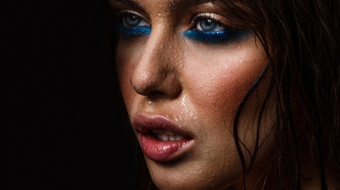 Sarp Abdullah Gltemiz, water drops, face, blue eyes, looking away, closeup, makeup, open mouth, black background, girl
