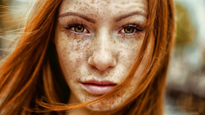 freckles, long hair, Sisa Gemoraish, portrait, girl outdoors, looking at viewer, face, model, girl, redhead, windy