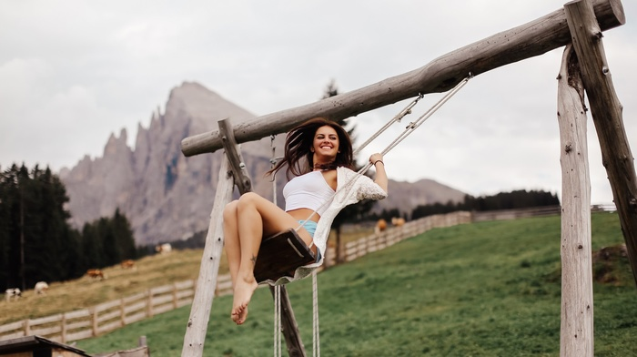 swings, David Olkarny, brunette, barefoot, shorts, model, tattoo, short shorts, Aurela Skandaj, smiling, white tops, sitting, girl, girl outdoors, looking away
