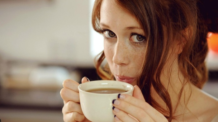 portrait, model, depth of field, blue eyes, face, redhead, drink, coffee, Chad Suicide, looking at viewer, girl, long hair, cup, Charlotte Herbert