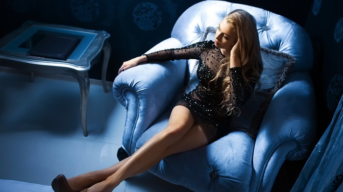 house, blue, black, hair, heels, girl, blonde, dress, legs
