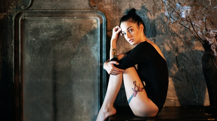 legs, brunette, girl, feet, sitting, model, tattoo, looking at viewer, barefoot, Alla Berger, Georgiy Chernyadyev