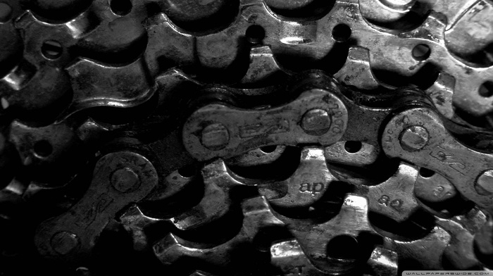 chains, gears, black background, monochrome, bicycle chain, closeup, machine, dirt, bicycle, macro