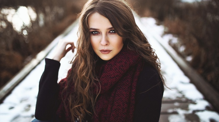 portrait, blue eyes, depth of field, Heiko Klingele, girl, brunette, wavy hair