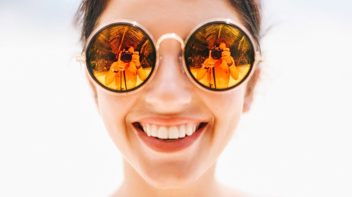face, reflection, Aurela Skandaj, girl, David Olkarny, teeth, smiling, girl with glasses, closeup, simple background, men, model, photographer