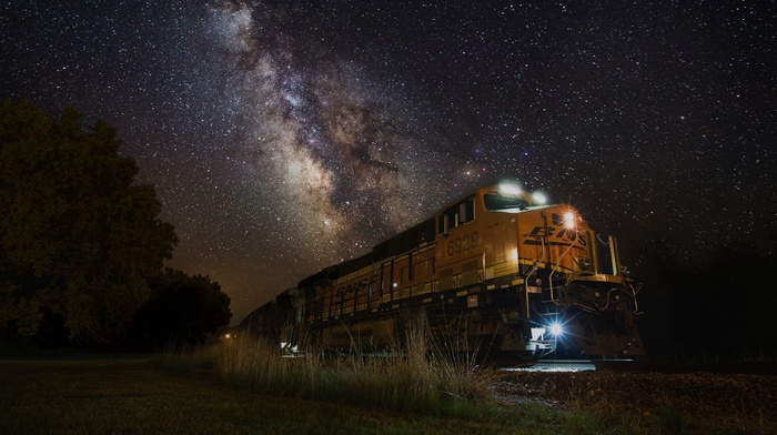 grass, machine, nature, train, landscape, galaxy, night, railway, Milky Way, long exposure, stars, lights, South Dakota, technology, shrubs