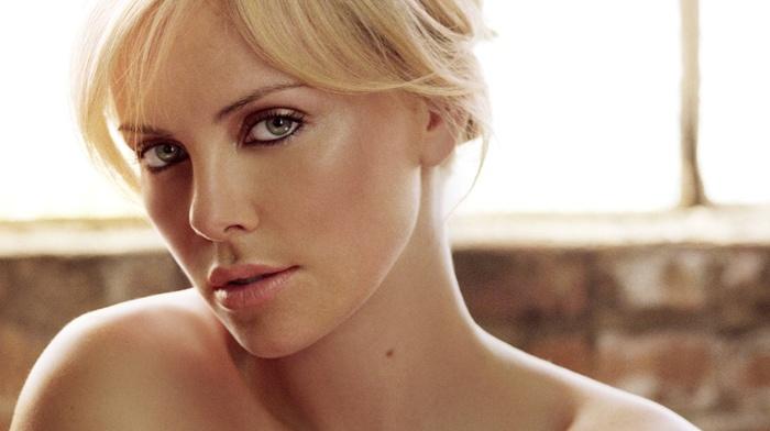 Charlize Theron, girl