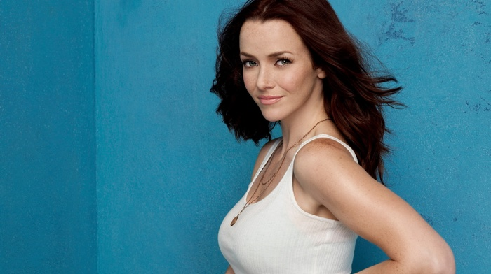 tank top, smiling, looking at viewer, freckles, redhead, green eyes, Annie Wersching