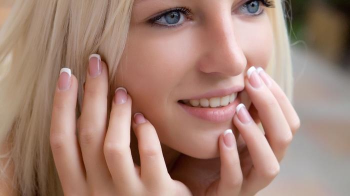 teeth, model, face, portrait, long nails, depth of field, blue eyes, girl, hands, looking away, smiling, blonde, long hair, Alysha A