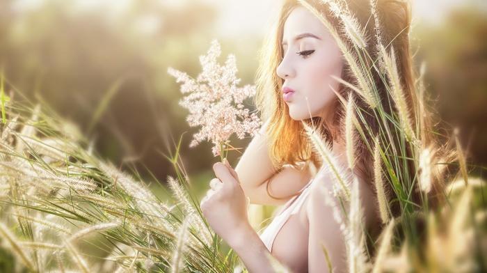 girl outdoors, field, model, girl