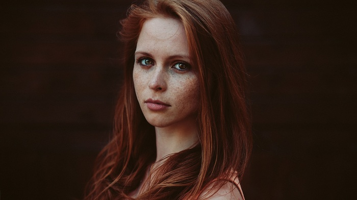 long hair, girl outdoors, looking at viewer, freckles, face, redhead, model, depth of field, girl, portrait, bare shoulders
