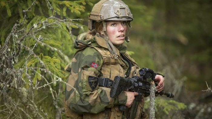 forest, girl, female soldier, soldier, HK 416, blonde, Norwegian Army, Woodland Camouflage, army, Artillery Battalion, Aimpoint