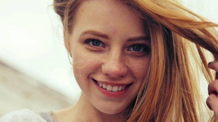 blue eyes, redhead, face, girl, smiling, freckles, looking at viewer